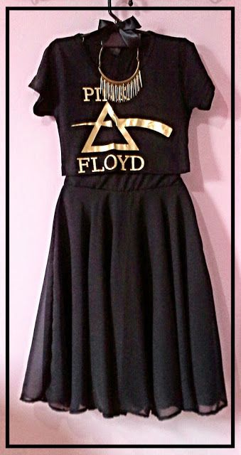 Ateliê do rock: Look do dia: Saia midi e Band Cropped!