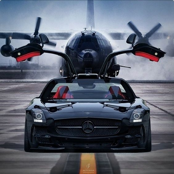 Ready to fly with wings up. Mercedes Benz SLS AMG