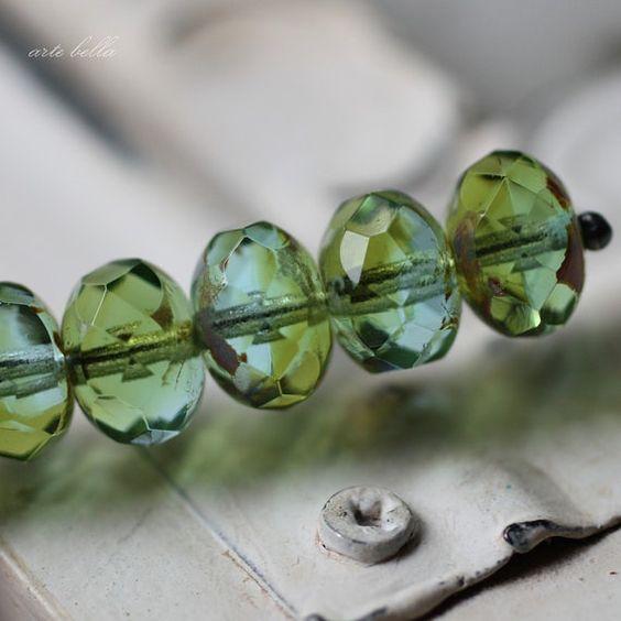 PRADERA EXUBERANTE... 10 vidrio checo de por ArteBellaSurplus
