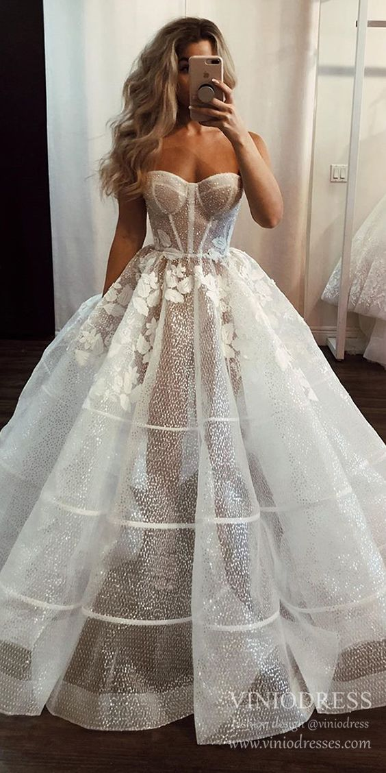 Simple Classy Strapless Ball Gown Wedding Dresses Vw1519 In 2020
