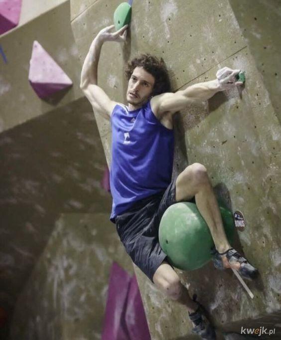 Pin By Zarloczny Kon On Modele Rock Climbing Bouldering Indoor Rock Climbing