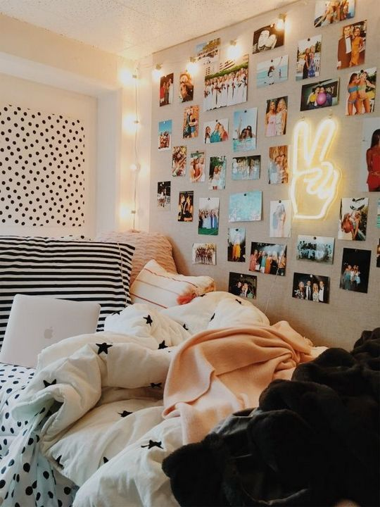 50 Gorgeous Bedrooms That Will Inspire Some Big Ideas Inspira Spaces Dorm Room Inspiration Cute Dorm Rooms Dorm Room Decor