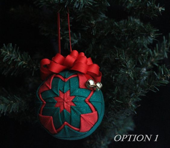 Red and Green Quilted Ornament  No-sew by DixielandDeLites on Etsy