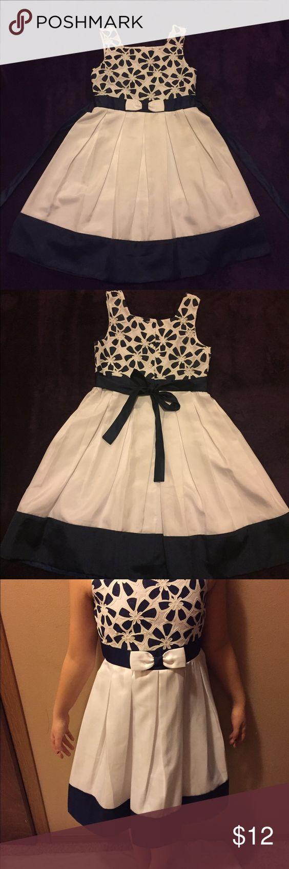 Girls flower dress blues white flowers and girls girls flower dress knee length navy blue and white flower dress jona michelle dresses izmirmasajfo