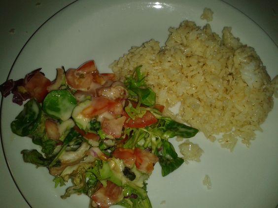 Riz basmati / Salade verte et tomates émincés