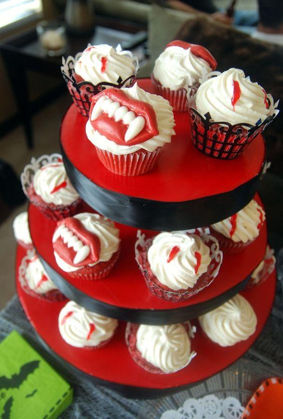 fun Halloween cupcake from @Jessica Segarra