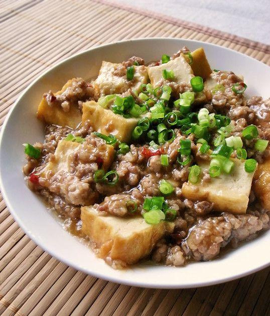 ◆厚揚げと豚ひき肉◆厚揚げとひき肉を炒めるだけなのに、この味付でご飯もススムしっかりおかず!甘辛+酢にピリ辛な豆板醤♪