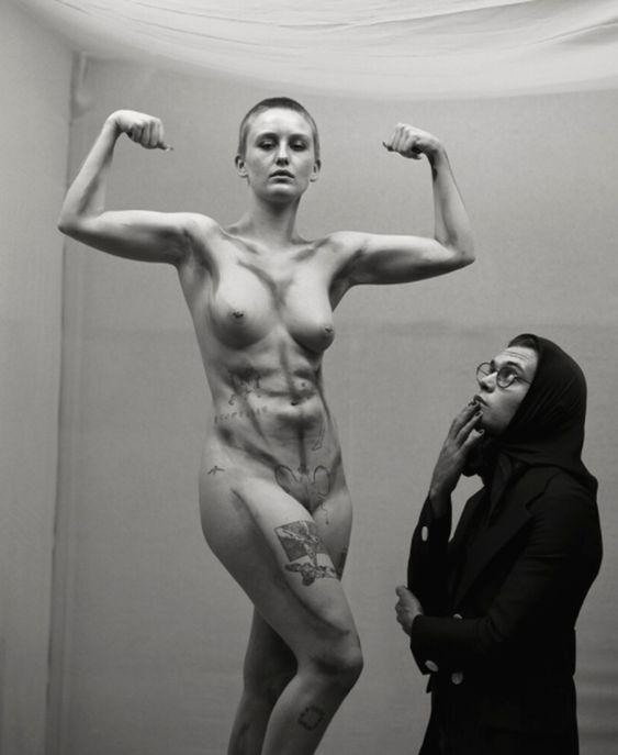 Fotografía de Michael Bailey Gates; el David de Miguel Ángel es una mujer