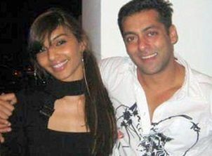 PICS: Actress Somy Ali- Salman Khan's First Girlfriend