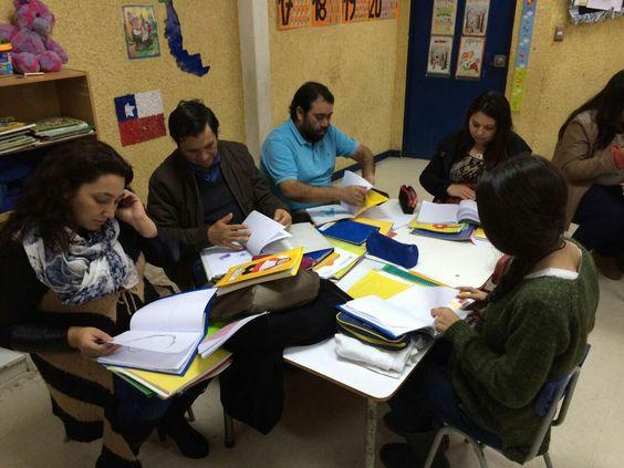 Evidenciando los avances académicos de nuestros niños y niñas del Pre- kinder C , en nuestra reunión de apoderados