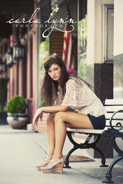 Another shot of our #senior at her urban session with #carlalynnphotography