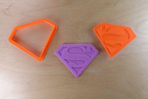 Superman Logo Cookie Cutter e Set di francobolli
