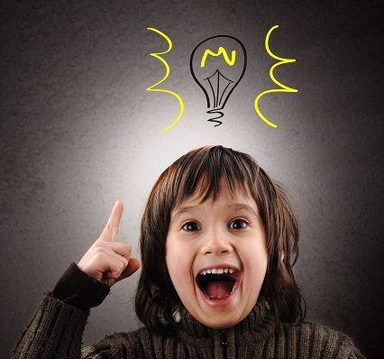 Se dice que sólo cuatro pedagogos del siglo XX revolucionarion la crianza de los niños. Son el americano John Dewey, el alemán Georg Kerschensteiner, la italiana Maria Montessori y el pedagogo de la entonces Union Soviética, Antón Makarénko.