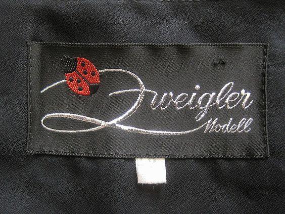 """From a 1970s Dress German Brand """"Zweigler Modell"""". 70er Jahre Kleid der deutschen Marke """"Zweigler Modell"""""""
