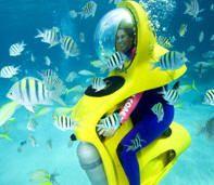 Definitely want to try this ! Wonder if Mom will try it...mini submarine in Nassau, Bahamas.
