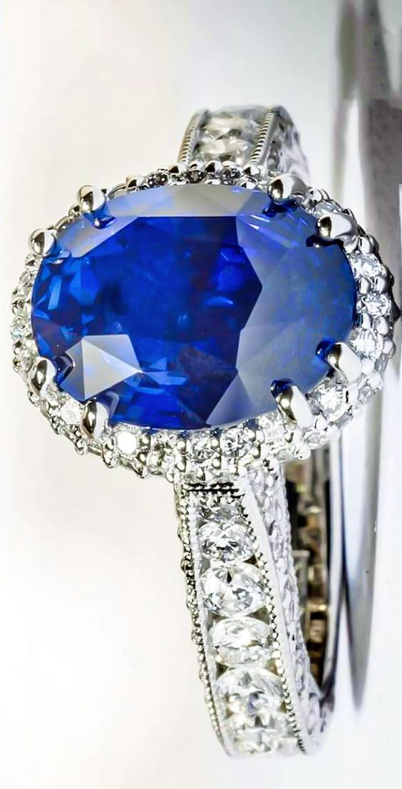 Tacori Diamond ring