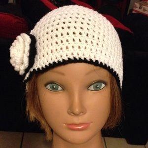 Handmade Accessories - New hat crochet with Flower