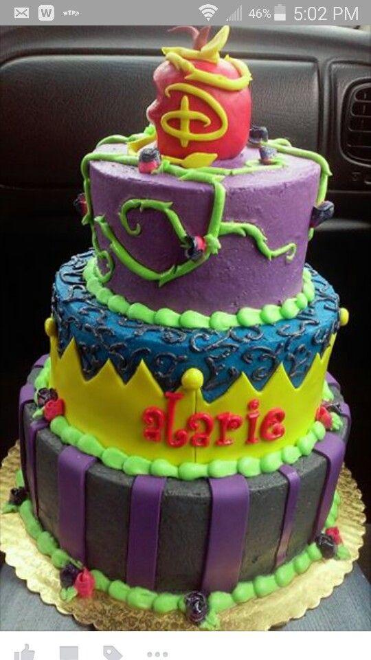 DESCENDANTS cake! Est-ce que ce thème arrivera chez nous aussi ? ça donne des mélanges de couleurs assez intéressant:
