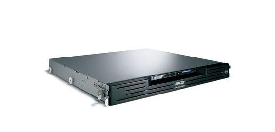 Buffalo Technology, annonce plusieurs nouveautés dans sa gamme de NAS TeraStation qui vont satisfaire le plus grand nombre de TPE-PME. La TeraStation 5400r de Buffalo fait partie intégrante de la nouvelle gamme TeraStation 5000. Elle est équipé