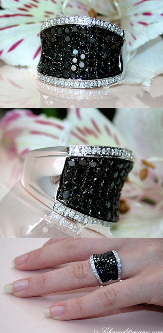 Grand Black & White Diamond Ring, 1,87 cts. WG-14K -- Find out: schmucktraeume.com - Visit us on FB: https://www.facebook.com/pages/Noble-Juwelen/150871984924926 - Any questions? Contact us: info@schmucktraeume.com