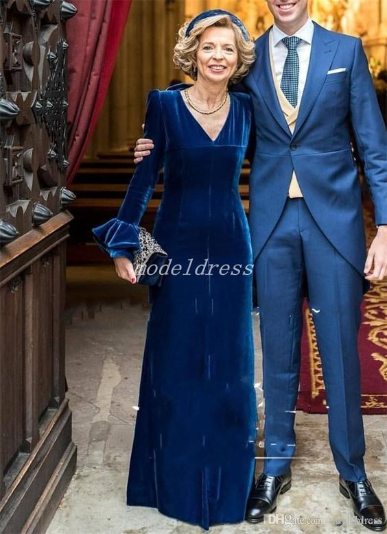 2019 Vintage Navy Blue Mother Of The Bride Dresses 2019 V Neck Long Trumpet Sleeve Floor Length Velvet Mother Prom Evening Party Gowns Mother of the Bride Dresses Long Sleeve Mother of the Bride Dresses Mother Evening Gowns Online with $140.0/Piece on Modeldress's Store | DHgate.com