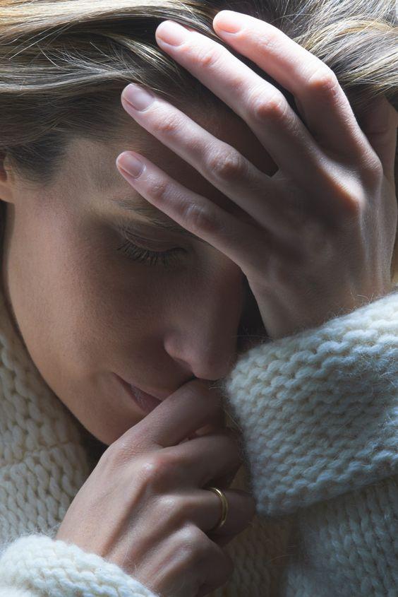 Zurück ins Leben finden: Diese Methoden geben Depressiven Hoffnung