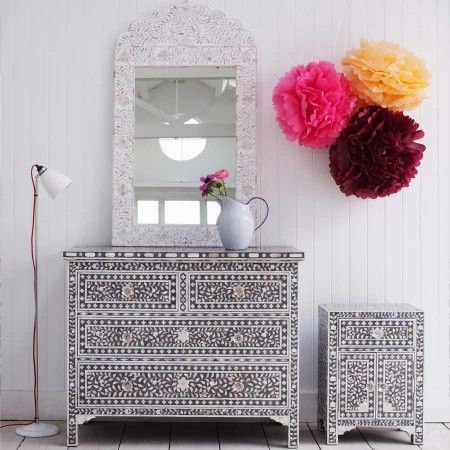 Traditional chic and Moroccan inspired all at the same time! Mother of pearl chest of drawers