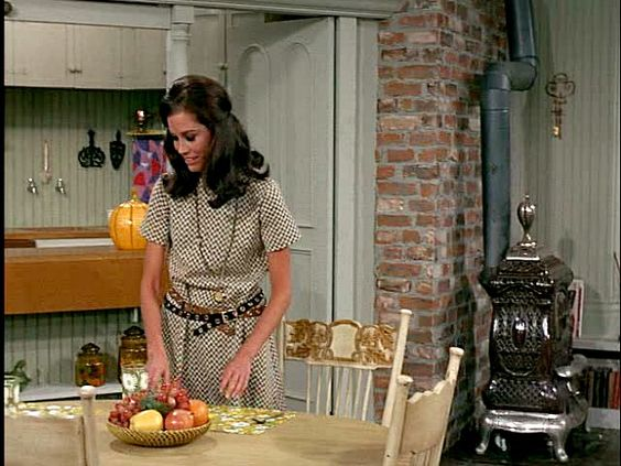 Mary Richards dining area MTM Show: