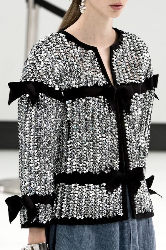 Stylish metallic jacket with grosgrain ribbons - Chanel Spring-Summer 2016: