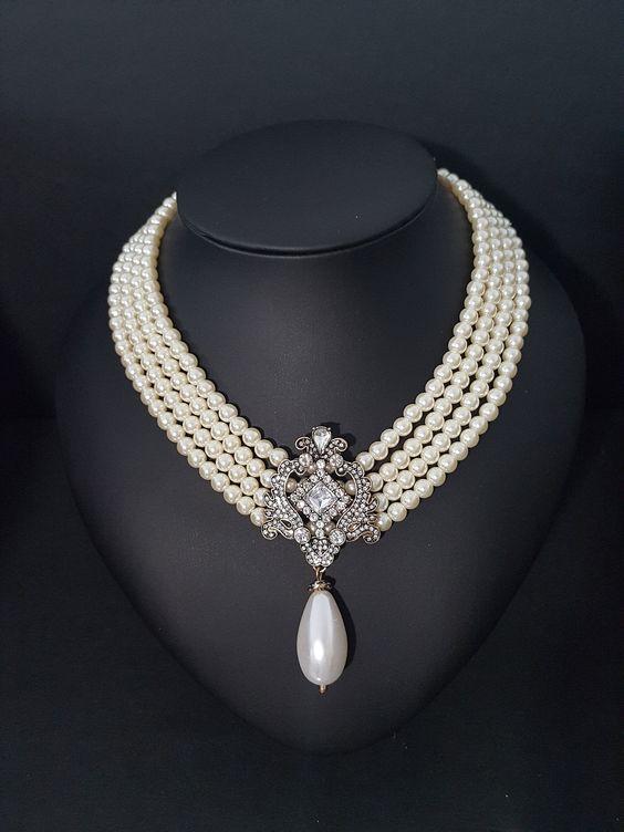 Collier fabuleux en perles