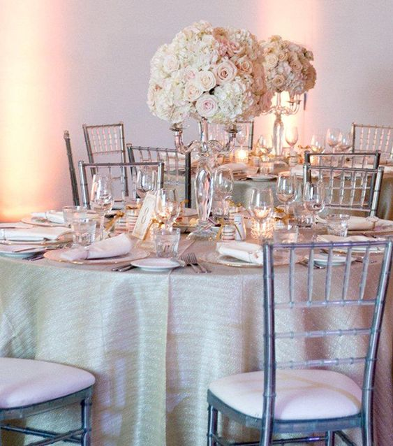Receptions tablecloths and wedding on pinterest for Wedding reception table linen ideas
