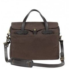 Filson original briefcase bruin  http://www.beaubags.nl/brands-we-like/filson
