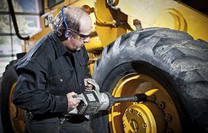 L'Équipe Robert Bernard pneus et mécanique se spécialise également dans la vente de produits industriels,