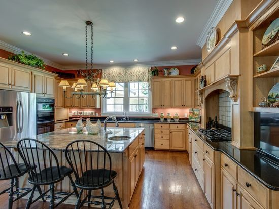 5292 Poor House Hollow Rd Franklin Tn 37064 Mls 2190357 Zillow In 2020 Modern Kitchen Home House