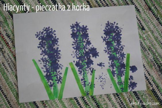 Hiacynt Pieczatka Z Korka Wiosna Prace Plastyczne Edukacyjne Art For Kids Plants Preschool