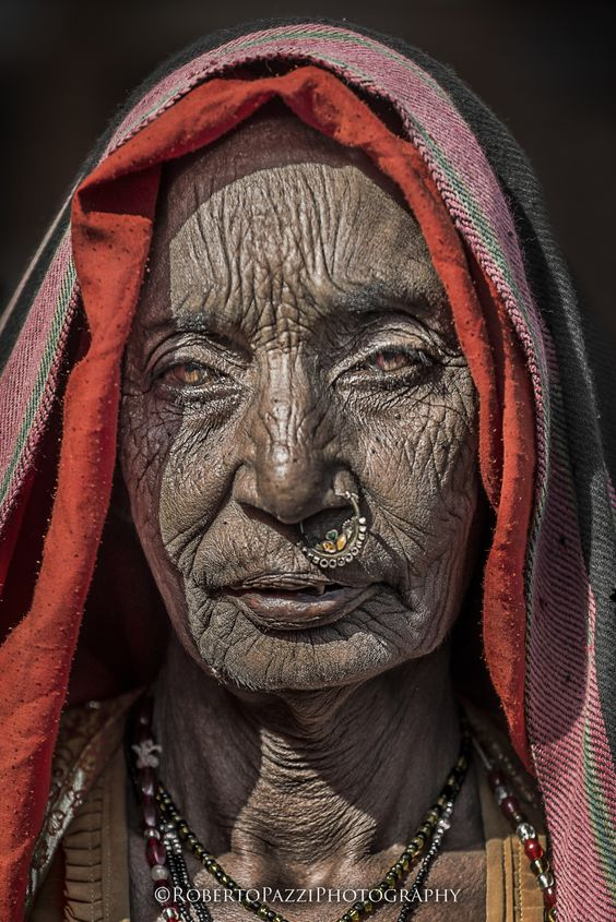 Elderly woman in Jaipur, India - faces of the people: