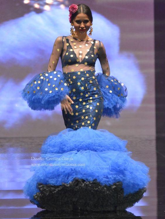 De Lunares. Moda Flamenca by Claudia Alfaro · Entre Cirios y Volantes
