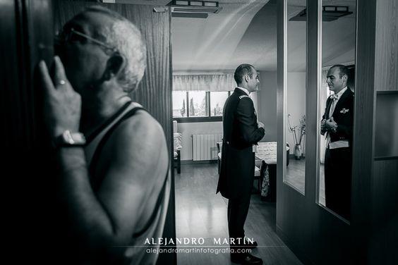 Reportaje de boda natural y sin posados. Fotografía de boda original, artística, fresca y relajada. Boda en el Albaicín, Alhambra, Granada - Alejandro Martín Fotografía