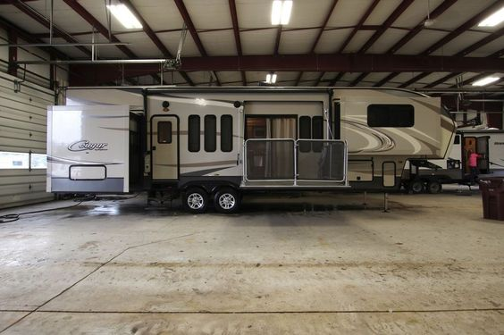 Last One Side Patio Front Living Cougar Rv Camper Fifth