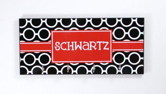Personalized Gift Ideas, Key Holder Key Rack Key Hanger Monogrammed Personalized Gift, Wedding Gift, Housewarming Gift, Organizer Wall Decor by ChicMonogram on Etsy