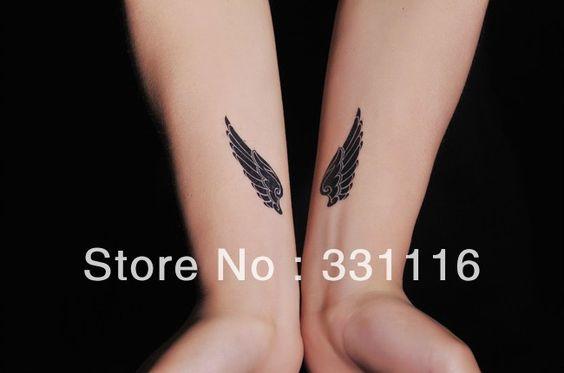 tatuajes alas muñeca - Buscar con Google Tatoo Pinterest