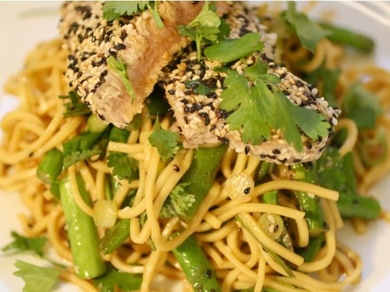 Sesame Seared Tuna with Soy Lime Noodles // Serious Eats
