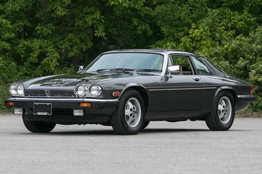 1987 Jaguar Xjs Yes The Xjs Is Now A Classic And It Looks Great Jaguarclassiccars Jaguar Classic Cars Bmw