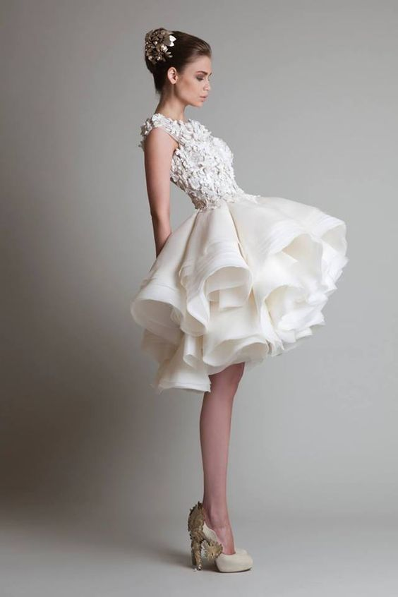 5 Timeless Wedding #Dresses from Krikor Jabotian. To see more wedding fashion trends: www.modwedding.com: