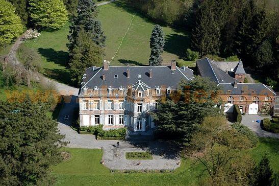 Château de Marchovelette via www.globalview.be