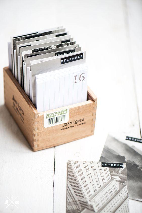 diy kalender in einer zigarrenkiste relleomein kreatives pinterest ewiger kalender. Black Bedroom Furniture Sets. Home Design Ideas