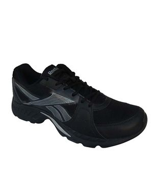 Reebok Sports Shoes at Rs 990