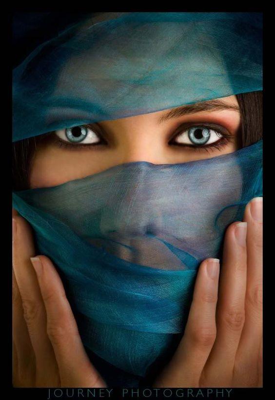 yeux bleux: