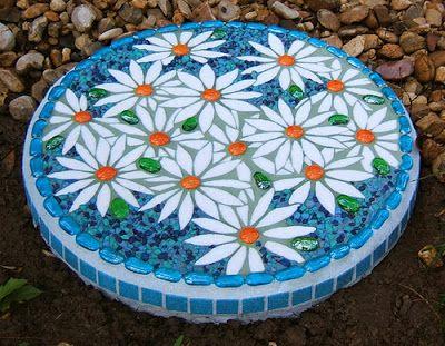 How To Make Mosaic Stepping Stones Mosaics Pinterest