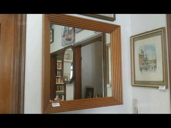Specchio con cornice in legno sbalzata - Arredamento e Casalinghi In vendita a Modena